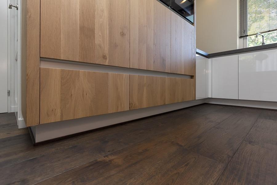 Eiken Keuken Welke Vloer : Handgemaakte keukens Elon Vloer & Interieur